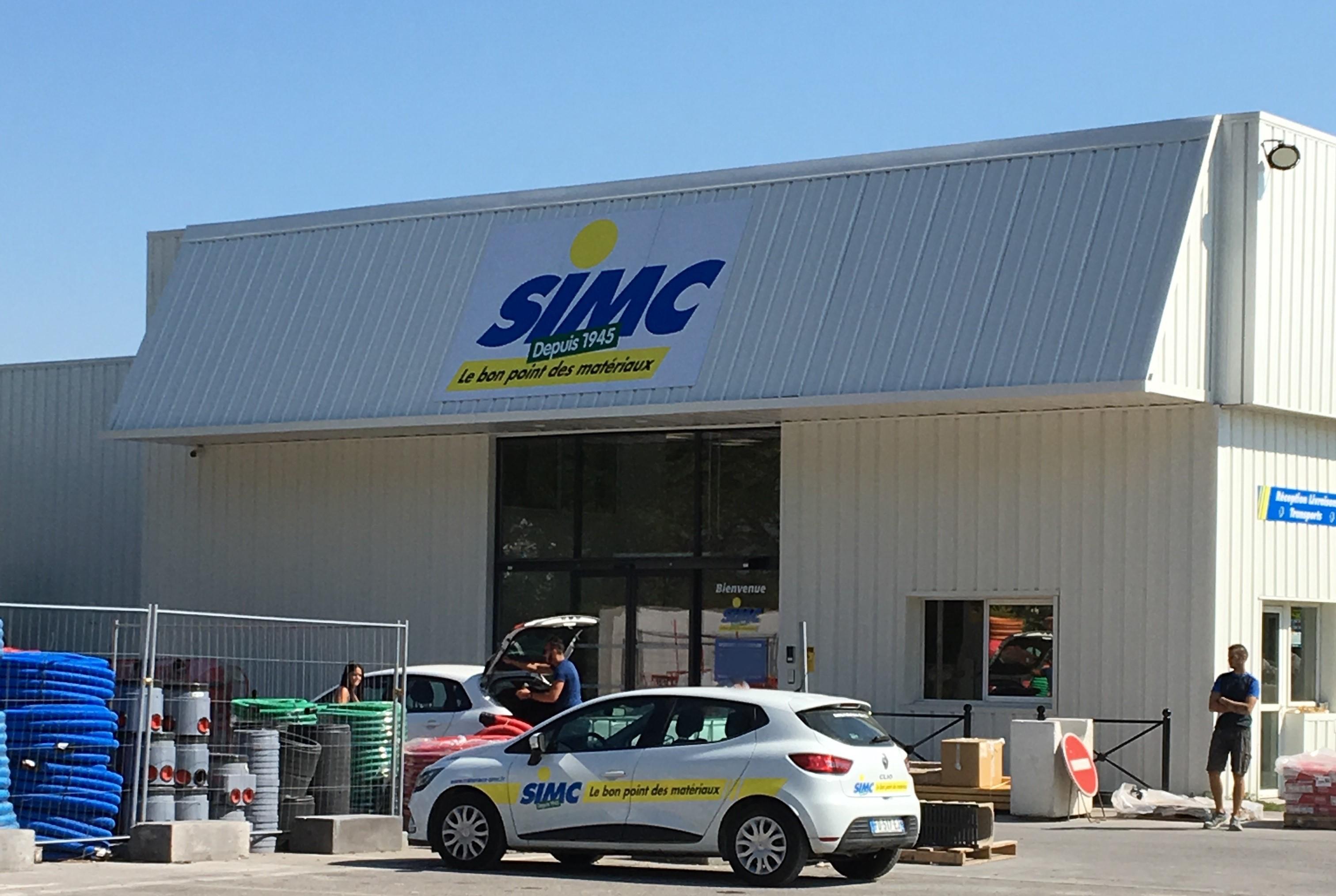 L'agence SIMC de Puyricard se refait la façade !